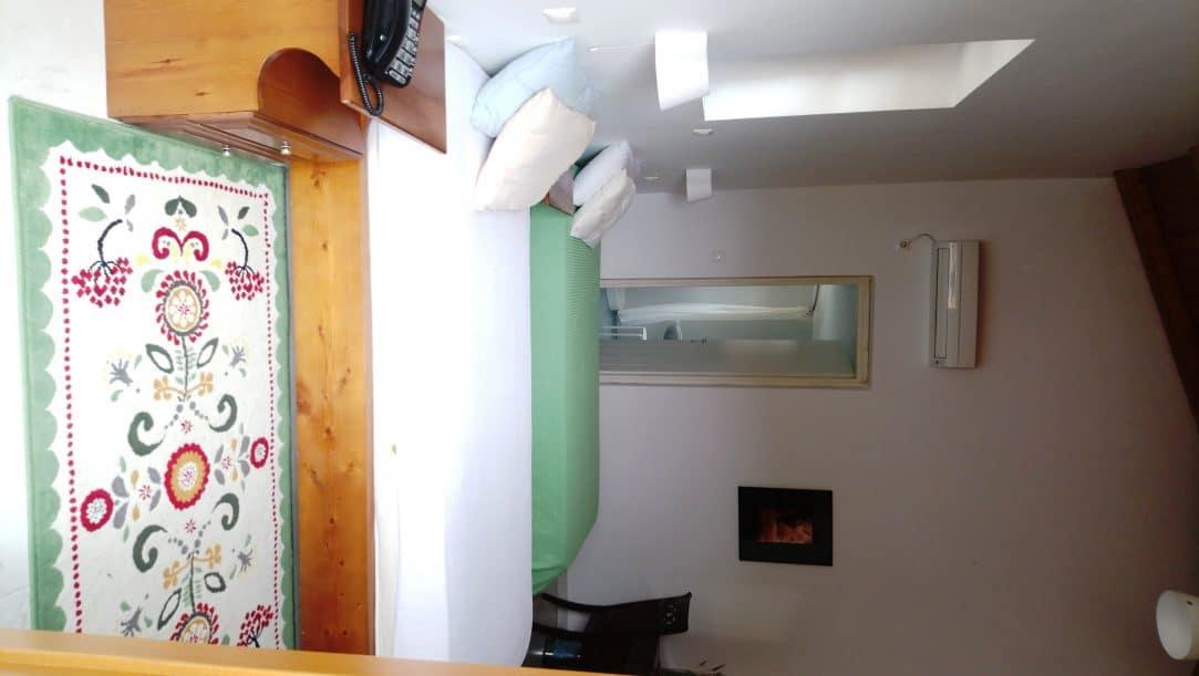 ruime, lichte slaapkamers met eigen badkamer